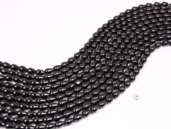 Black Spinel drop 6x8mm smooth(1)