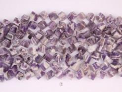 Dog teeth Amethyst cube 12x12mm diagonal drilled(1)